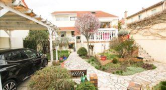 QUARTIER LA FERME – L'Agence Immobilière du Grand Paris vous propose à la vente une maison 5 pièces …